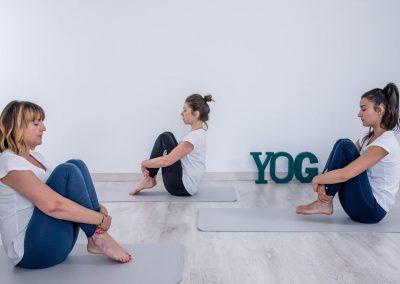 yoga, yoga y digestión